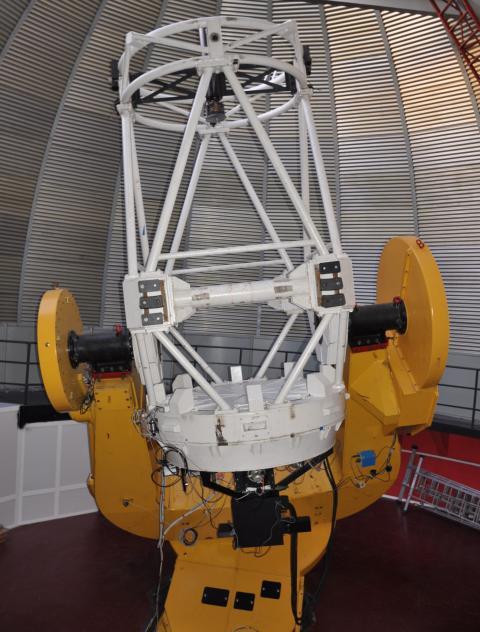 1,6-местровый телескоп АЗТ-33ИК Саянской солнечной обсерватории с установленным спектрографом АДАМ