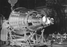 Сборка Третьего искусственного спутника. [1958 г.] (с) РГАНТД